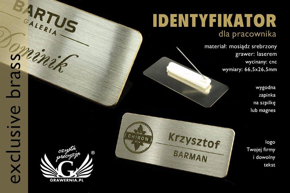 identyfikator w kolorze srebrnym