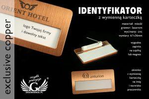 identyfikator z wymienną karteczką